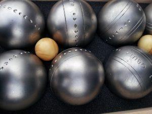 Comment nettoyer vos boules de petanque